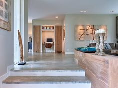 Afbeeldingen betonvloeren - BTCO Betonvloeren Dining Table, Flooring, Furniture, Home Decor, Decoration Home, Room Decor, Dinner Table, Wood Flooring, Home Furnishings