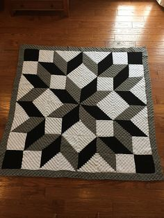 Ravelry: Project Gallery for Carpenter Wheel in pattern by Lissa Conley (Mitchell)This listing is for a free crochet along (CAL) from 2016 for a Carpenter Wheel Afghan. Crochet Bedspread Pattern, Afghan Crochet Patterns, Quilt Patterns, Knitting Patterns, C2c Crochet, Crochet Crafts, Crochet Stitches, Crochet Projects, Square Patterns