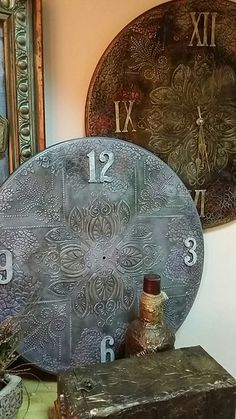 Новости Wood Crafts, Diy And Crafts, Christmas Clock, Arte Country, Plaster, Mixed Media Art, Wood Art, Clocks, Decoupage