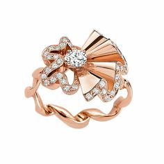 Archi Dior Cocotte Bague rose gold and diamond ring - Inspired by Dior's finest couture gowns, with metal that has been shaped to mimic the draping, pleating and gathering of the sumptuous fabrics.