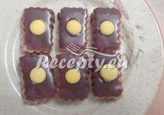 Libušino ledové cukroví Pudding, Desserts, Food, Tailgate Desserts, Deserts, Custard Pudding, Essen, Puddings, Postres