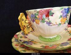 Rare Aynsley Hydrangea Butterfly Handle Tea Cup Trio