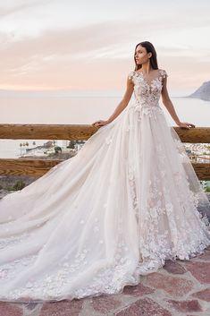 216b35e5d2 Oksana Mukha · heiden-frontc Dream Wedding Dresses, Beautiful Wedding Gowns,  Designer Wedding Dresses, Amazing