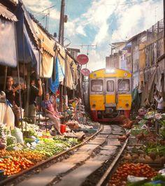Maeklong Railway Market, Thaïlande