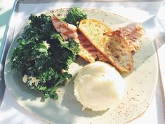 Salmon hot plate w/ kale salad at Tender Greens #Food #LA