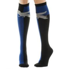 For those of wit and learning, these Harry Potter Ravenclaw Knee High Socks make the perfect addition to any ensemble with their eagle silhouette perched on a blue and black background design.