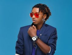 """""""If She Loves You For Your Bank Account Take It As A Motivation To Keep Her"""" - Yung6ix"""