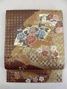 Foil Brown Ichimatsu Rokkaku Obi, Gorgeous Flower Pattern / 茶色×箔の市松地 豪華な扇花柄 六通袋帯