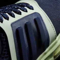 adidas - Chaussure adidas STELLASPORT Yvori