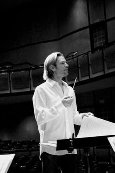 Eric Whitacre, probably THE best contemporary choral composer