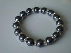 Sparkly Pearl Bracelet Grey by traceysjewellery on Etsy, Handmade Jewellery, Unique Jewelry, Handmade Gifts, Pearl Bracelet, Pearls, Trending Outfits, Grey, Bracelets, Vintage