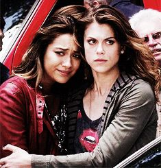 The couples last appearance in the mid-season finale #prettylittleliars #paily