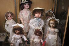 Antique Dolls #antique #antiquedolls #dolls #oldfashion #fancydolls #dolldresses