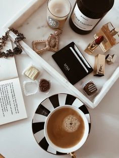 Inspired by Vienna's timeless charm and the chic, modern styles you see downtown, MKNA creates artisanal accessories for today's sophisticates. The Chic, Modern, Artisan, Card Holder, Lifestyle, Stylish, Inspiration, Accessories, Instagram