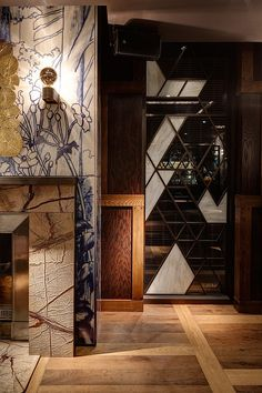 autoban duck and rice chinese restaurant soho london alan yau designboom Restaurant Door, Restaurant Design, Oriental Restaurant, Turkish Restaurant, Chinese Restaurant, Ceiling Design, Wall Design, House Design, Interior Design Magazine