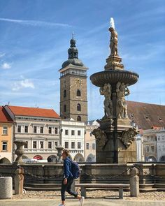 Who know where this is ?  #ceskebudejovice #town #czech #oldtown #springday #igcz #igczech #tower #architecturephoto #blueskyday #fountain #square Fountain Square, Architecture Photo, Spring Day, Old Town, Big Ben, Statue Of Liberty, Tower, Building, Travel