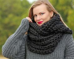 SUPERTANYA Hand Knitted Mohair Wool Scarf Infinity BLACK Thick Chic Round Shawl #SuperTanya #Infinityscarf