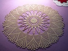 https://www.etsy.com/se-en/listing/174866763/hand-crocheted-tablecloth-with-fan?ref=market