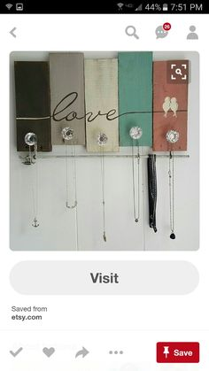 Great DIY Jewelry Holder to Make Your Jewelry More Tidy Tags: DIY Jewelry Holder Wall. - Women's Jewelry and Accessories-Women Fashion Diy Jewelry Holder Frame, Jewelry Hanger, Diy Necklace Holder, Necklace Hanger, Jewelry Wall, Jewelry Boards, Jewelry Armoire, Jewelry Crafts, Arte Pallet