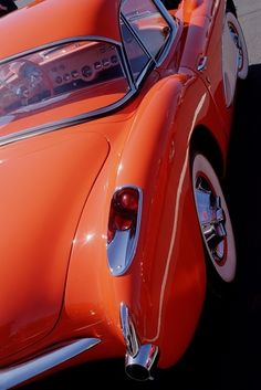 Two-tone Orange and White 1957 Corvette @Socially Savvy SEO Agency www.SociallySavvySEO.com #StaySociallySavvy
