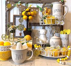 33 Lovely Summer Centerpieces For Home Decoration - Summer brings a wide and colorful selection of in-season flowers, plants, and fruits to brighten up any table. Whether you are hosting a formal dinner. Country Farmhouse Decor, Farmhouse Chic, Antique Farmhouse, Lemon Kitchen Decor, Kitchen Ideas, Summer Centerpieces, Diy Interior, Tray Decor, Boho