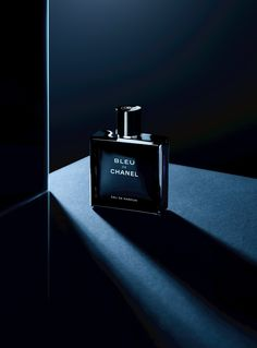 BLEU de CHANEL..now in eau de parfum   BLEU de CHANEL is unexpected, yet with a distinct identity, it is new to the House's existing fragrances for men.   This stunning woody-aromatic fragrance conjures up nature in the same way as it interprets masculinity: freely.  We can trust Jacques Polge (Chanel Perfume Creator) to magnificently ignore any notions of literal evocations or archetypes.