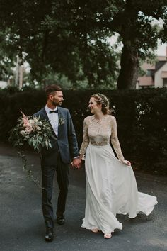 Canadian Wedding with Greenery Galore - photo by Brandon Scott Photography http://ruffledblog.com/canadian-wedding-with-greenery-galore