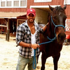 Pin for Later: These Hot British Guys Look Even Cuter With Their Furry Friends Ricky Whittle Lincoln The 100, Lincoln And Octavia, The 100 Cast, The 100 Show, Ricky Whittle The 100, Bald Men Style, Bob Morley, Falling In Love With Him, British Men