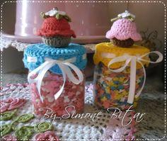 <3 Reciclagem com potes de Nutella.... o/o/o/ ... AMOOOOOOO Vem ver aqui: http://recantodasborboletas-simoninha.blogspot.com.br/ Você vai saber tudinho! :)