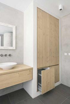 Bad Inspiration, Bathroom Inspiration, Interior Inspiration, Loft Bathroom, Toilet Design, Modern House Design, Diy Furniture, New Homes, Wood