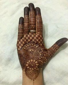 If You Looking For Interesting Mehendi Design Then You On Right Destination. Mehendi Is Made On festivals And It is Widely Used In Function . Henna Hand Designs, Mehndi Designs Finger, Latest Bridal Mehndi Designs, Legs Mehndi Design, Mehndi Designs For Beginners, Mehndi Design Pictures, Mehndi Designs For Girls, Beautiful Mehndi Design, Full Hand Mehndi Designs