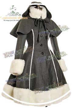 """Chaperon gris   """"Chaud manteau en laine et fausse fourure,  Doublure en coton,  La mini-cape avec capuchon, la fausse fourrure du col et des manches sont détachables, afin de personnaliser le manteau à votre guise.  Laçage au dos."""" hayaru.fr"""