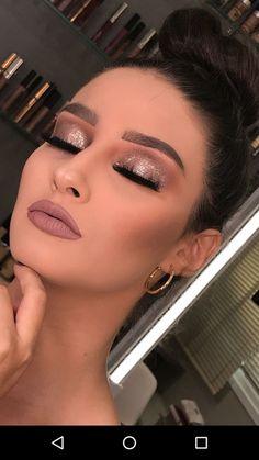 Updo and glamour makeup - ChicLadies.uk, Updo and glamour makeup - ChicLadies. Holiday Makeup Looks, Makeup Eye Looks, Cute Makeup, Makeup Geek, Makeup Remover, Hair Makeup, Makeup Brushes, Eyebrow Makeup, Bride Makeup