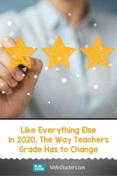 Like Everything Else in 2020, The Way Teachers Grade Has to Change. It's time to get creative grading during the pandemic. Our students struggle with virtual learning so we can't grade the same way. Parent Teacher Communication, Homework Ideas, Social Emotional Learning, Study Skills, Parents As Teachers, Career Opportunities, Student Engagement, Test Prep, Online Work