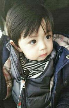 Cute Asian Babies, Cute Asian Guys, Korean Babies, Asian Kids, Cute Korean, Cute Babies, Cute Baby Boy, Cute Little Baby, Little Babies