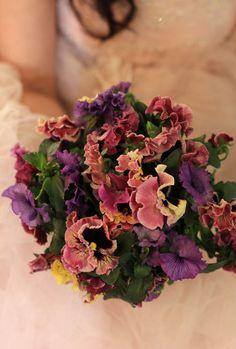 pensee bouquet