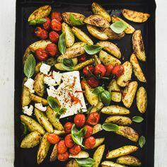 Kung Pao Chicken, Feta, Chili, Ethnic Recipes, Chile, Chilis