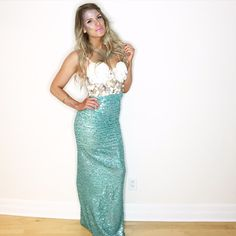 Halloween has come & went but I wanted to share my costume. I went as a mermaid and created the costume myself. It was quite labour intensive as I'm definitely an amateur sewer, but it actually turned out #success I wasn't really able to document how I went about sewing the skirt and creating the top, but wanted to share…