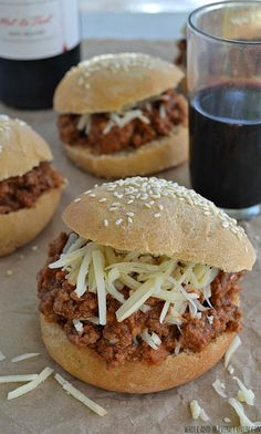 You just can't beat good 'ol classic sloppy joes for dinner on busy weeknights—This slow-cooked sauce is packed full of cozy fall flavors you'll love! Used ground turkey and turned out great! Crock Pot Food, Crockpot Dishes, Beef Dishes, Slow Cooker Recipes, Crockpot Recipes, Cooking Recipes, Hamburger Recipes, Keto Recipes, Healthy Recipes