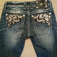 Miss Me Jeans sequin pocket size 25 length31 boots Miss Me Jeans sequin pocket size 25 length 31 boots Miss Me Jeans