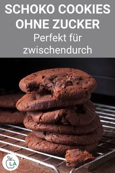 Low carb chocolate biscuits without carbohydrates - delicious cookie recipe- Low Carb Schoko Kekse ohne Kohlenhydrate – leckeres Plätzchen Rezept These chocolate biscuits are low carb, healthy and sugar free …. Healthy Juice Recipes, Delicious Cookie Recipes, Easy Cookie Recipes, Yummy Cookies, Smoothie Recipes, Snack Recipes, Healthy Nutrition, Turkey Recipes, Pasta Recipes