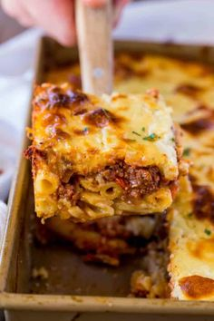 As penne a highly consumed pasta, we're glad to write about it. And, today's post is about 20 penne pasta recipes that will rejoice your taste buds. If you have cravings for penne (and other pasta), these are the way to go. Getting their recipes on h Greek Pastitsio, Penne Pasta Recipes, Pasta Dishes, Baked Penne, Beef Casserole Recipes, Greek Dishes, Main Dishes, Western Food, Vegetable Drinks
