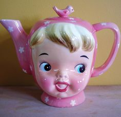retro doll face Marie talk about kitsch Ideas Prácticas, Teapots And Cups, Chocolate Pots, Cookie Jars, Doll Face, High Tea, Afternoon Tea, Tea Time, Tea Party