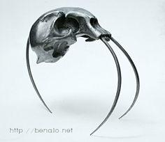 Skull Sculptures from Benoit Polveche: http://skullappreciationsociety.com/skull-sculptures-from-benoit-polveche/ via @Skull_Society