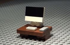 Lego Apple Mac Computer - LOVE THIS! Simple and fun.