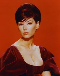 Yvonne Craig - Perry Mason - The Case of the Lazy Lover (Episode 35)