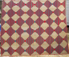 EARLY LOG CABIN (LIGHT AND DARK) QUILT, QUILTED, RED WHITE AND BLUE!  AAFA NR