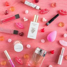 Here's to an extra-glossy beautifully-blended spritz-worthy delicious (thanks @sugarfina!) Valentine's Day.    Your friends at Birchbox