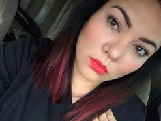 Bright lips bright hair