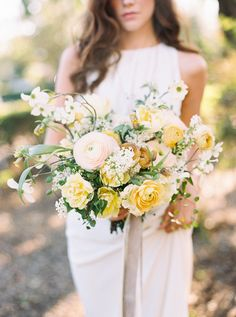 If you're planning on having your wedding in a church, you need to consider the best wedding flowers for your venue. That way, you can add a magical and romantic touch to your special day. You will have an easy time choosing church wedding flowers to. Yellow Wedding Flowers, White Wedding Bouquets, Bride Bouquets, Bridal Flowers, Flower Bouquet Wedding, Floral Wedding, Wedding Colors, Wedding Ideas, Wedding Simple